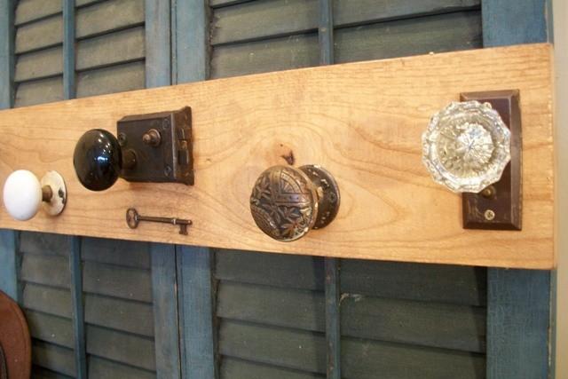 Cabinet Knob Coat Rack: Image